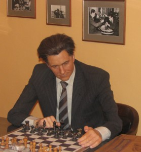 Paul Keres in hoogst eigen persoon.